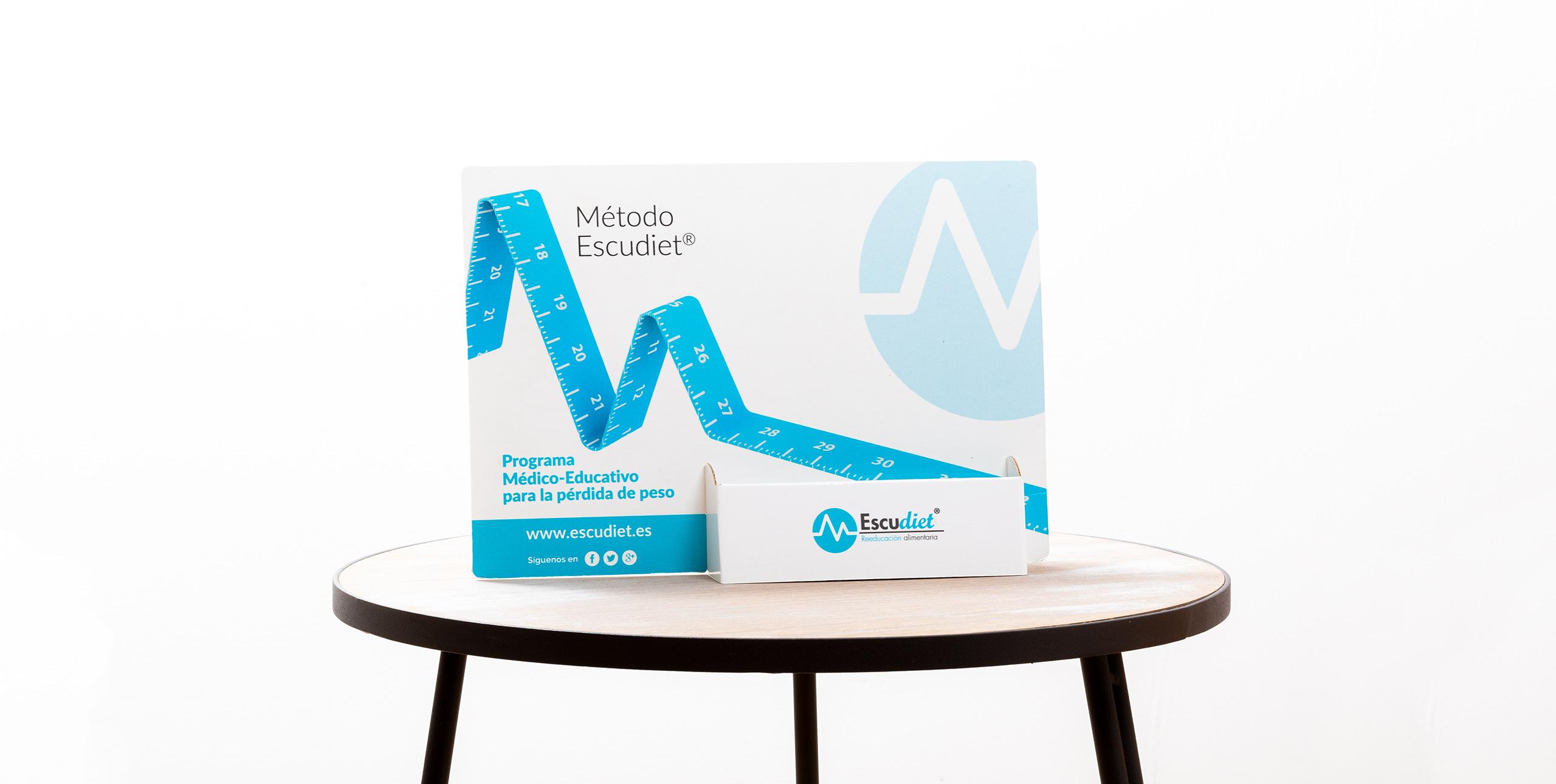 Diseño e impresión de material de papelería para clínica
